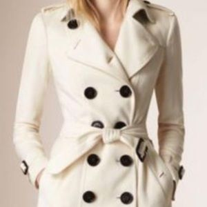Burberry cashmere wool blend coat. Mint condition
